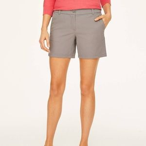 """LOFT outlet 6"""" twill shorts"""